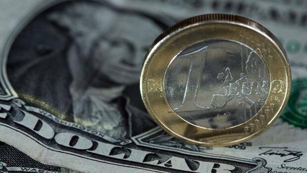 Abschied vom Krisenmodus - EZB stellt Anleihe-Großeinkauf zum Jahresende ein