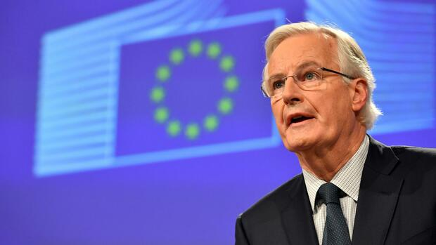 European Union chief Brexit negotiator Michel Barnier speaks during a media conference at EU headquarters in Brussels on Friday, Dec. 8, 2017. British Prime Minister Theresa May, met with European Commission President Jean-Claude Juncker and European Council President Donald Tusk early Friday morning following crucial overnight talks on the issue of the Irish border. (AP Photo/Geert Vanden Wijngaert) Quelle: AP
