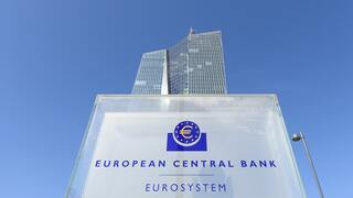 Als Folge der Geldpolitik: Immer mehr Banken verlangen Strafzinsen von ihren Kunden
