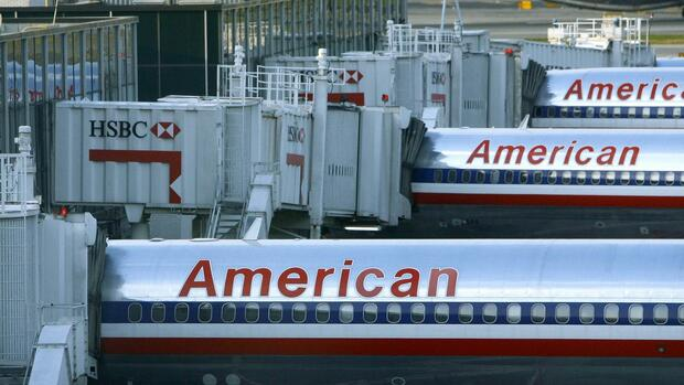 Maschinen der American Airlines am La-Guardia-Airport in New York. Quelle: Reuters