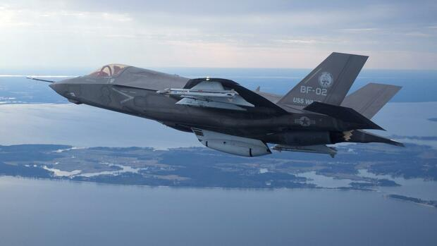 The U.S. Marine Corps version of Lockheed Martin's F35 Joint Strike Fighter Quelle: REUTERS