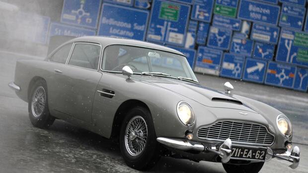 Bieterstreit Italiener Steigen Bei Aston Martin Ein