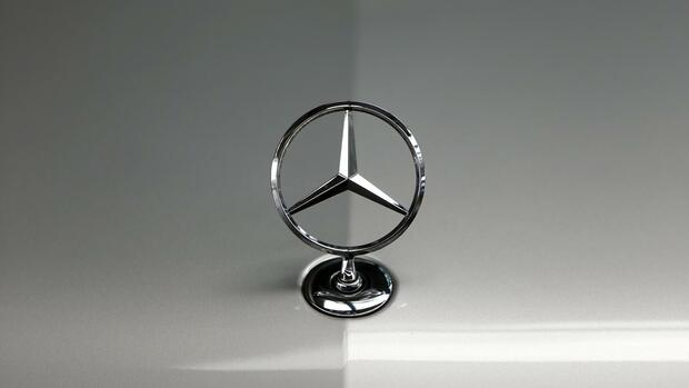 Mercedes-Stern Quelle: REUTERS