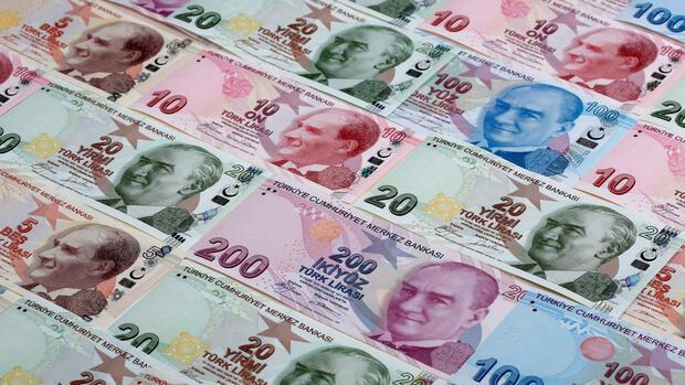 ÜBERSICHT: Türkische Opposition will Ergebnis von Referendum anfechten