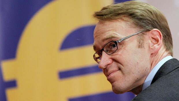 Kanzlerin soll sich deutschen Kommissionschef wünschen — Merkels EU-Plan