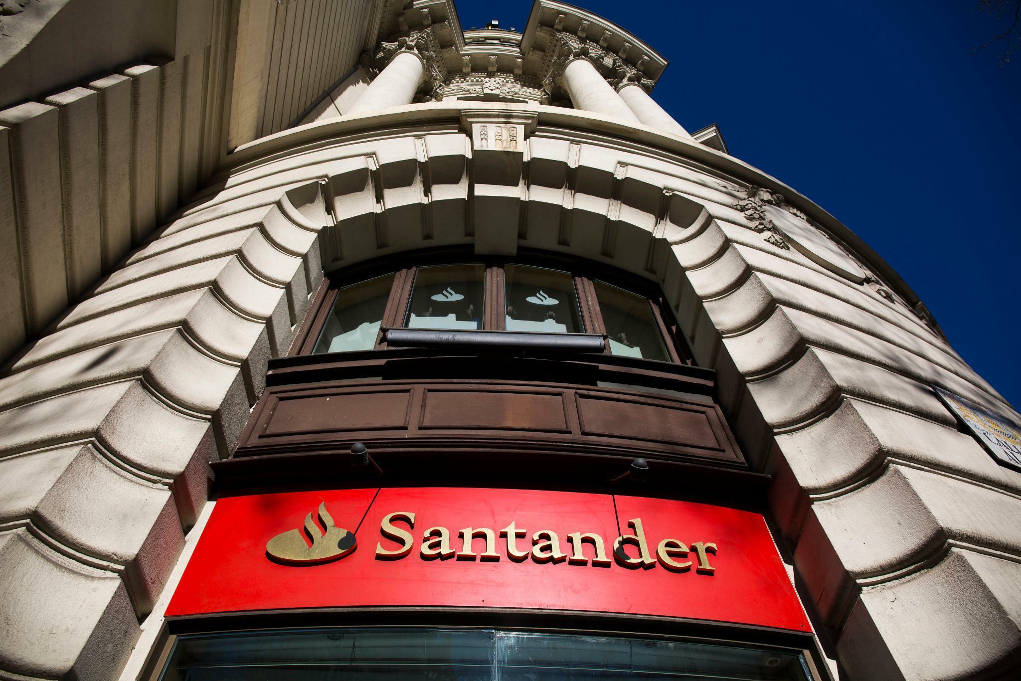 Finanzsektor: Großbank Santander beteiligt sich offenbar am Berliner Fintech Crosslend