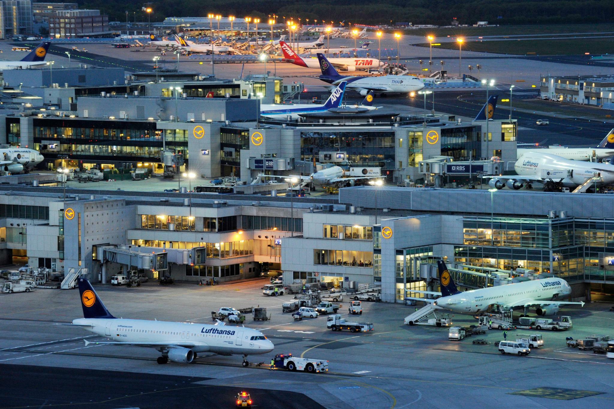 Keine Verletzten: Flugzeug-Zusammenstoß auf Frankfurter Flughafen verläuft glimpflich