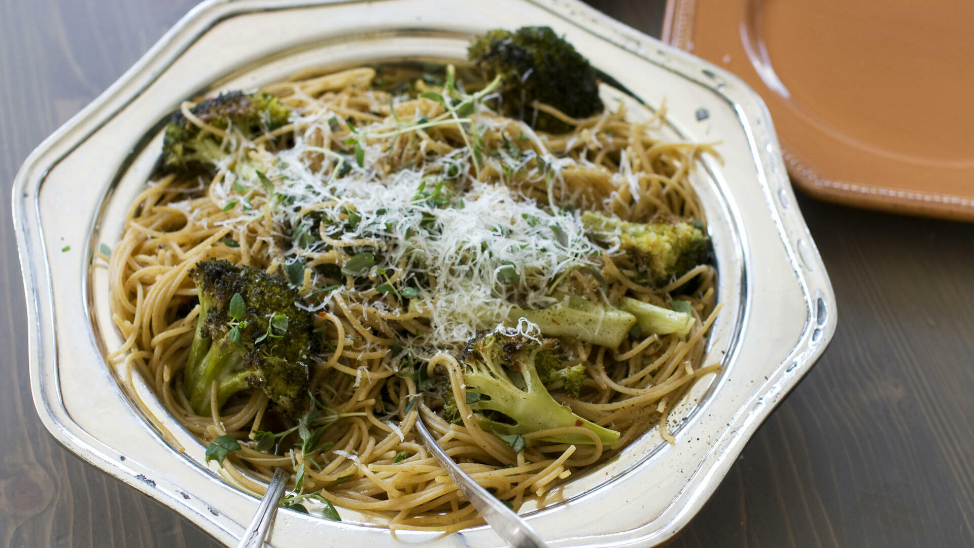broccoli pasta Quelle: dapd