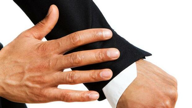 righfimobi: Hände berühren flirt