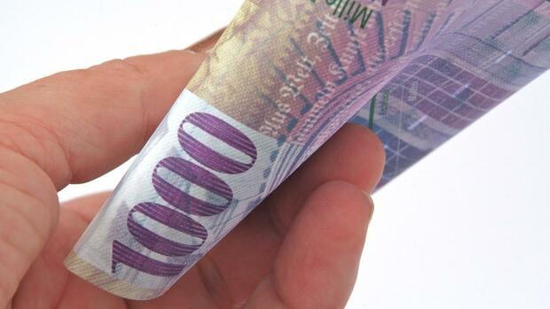 angst vor geldw sche schweiz will 1000 franken schein aus dem verkehr ziehen. Black Bedroom Furniture Sets. Home Design Ideas