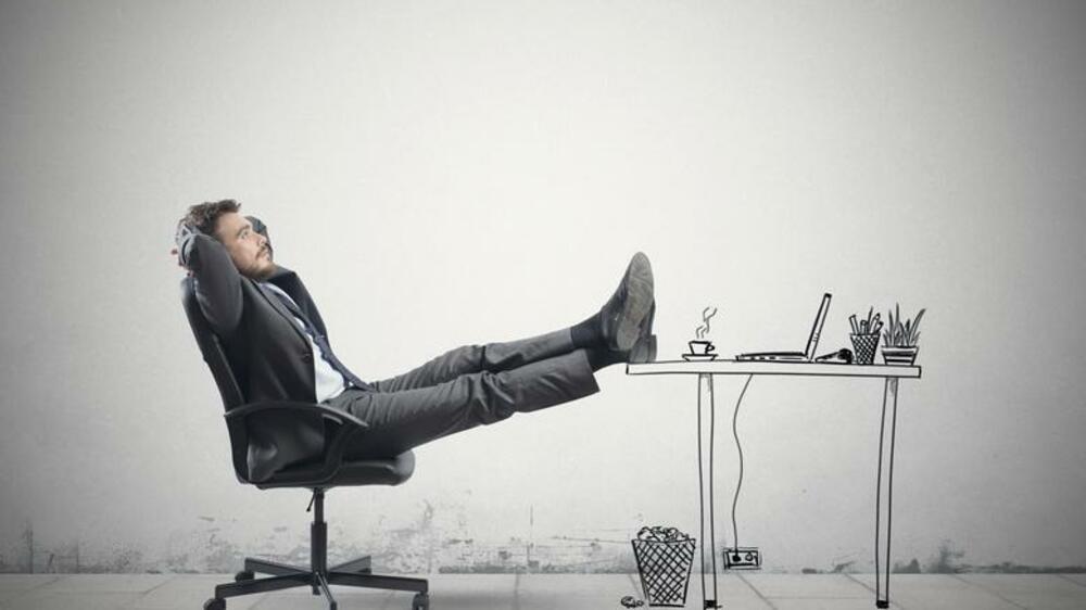 Von Zombies und Bürostuhl-Artisten: Das sind die Sitztypen im Büro