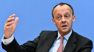 Kandidat für CDU-Vorsitz: Merz erneuert Kritik an Grundrente und sucht Alternative zur Frauenquote