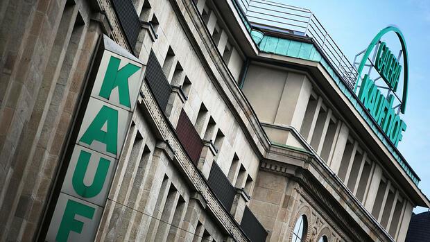 469fdea47205d Galeria Kaufhof wird wohlmöglich von Signa übernommen. Quelle: dpa