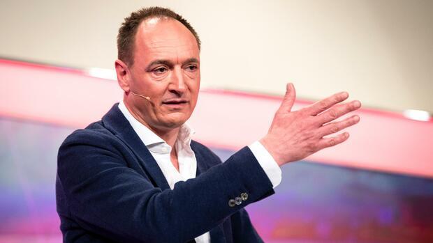 """ProSiebenSat.1-Vorstand Max Conze: """"Das Fernsehen ist nicht tot"""""""