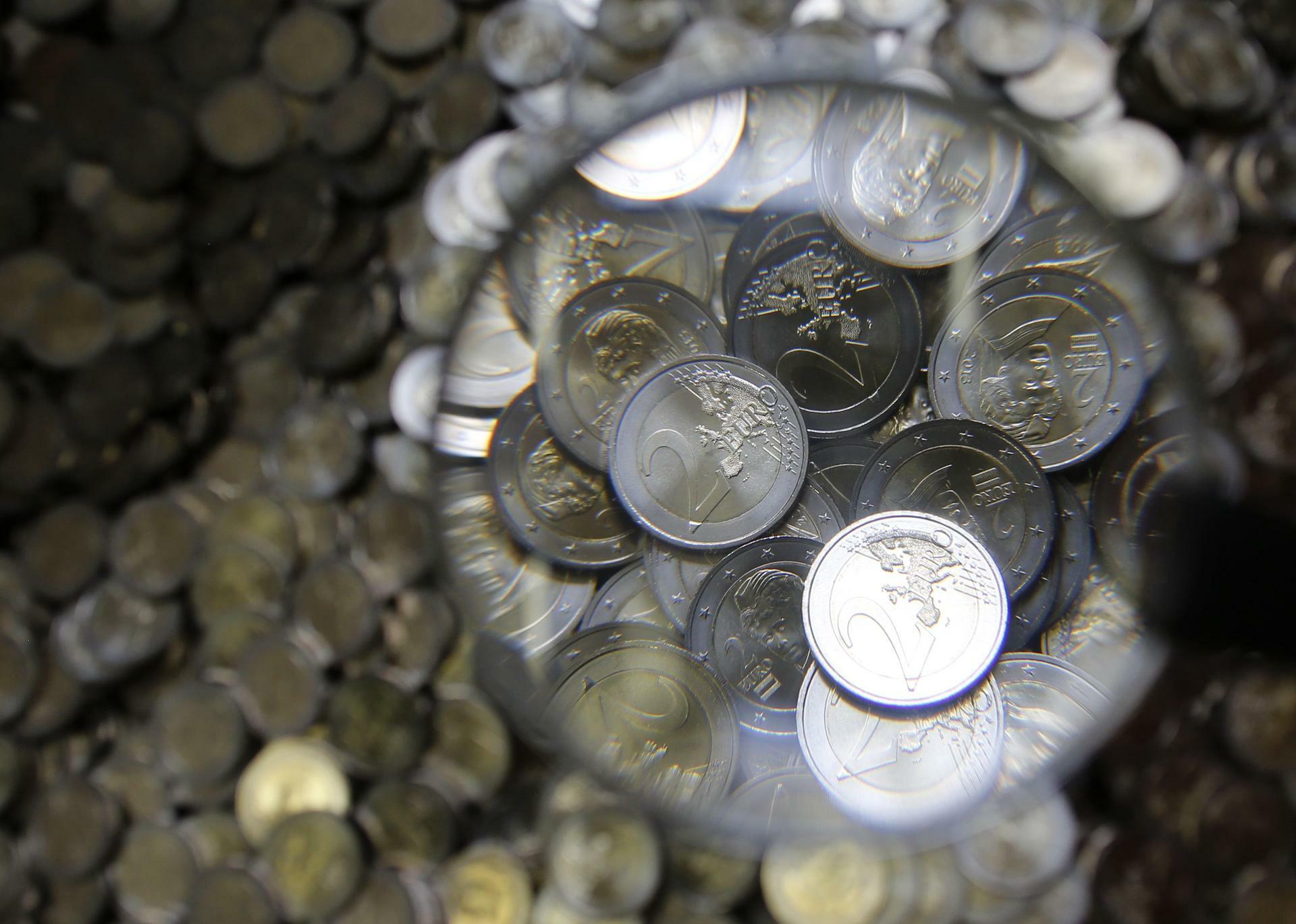 Griechischer Zoll Zehntausende Falsche Zwei Euro Stücke