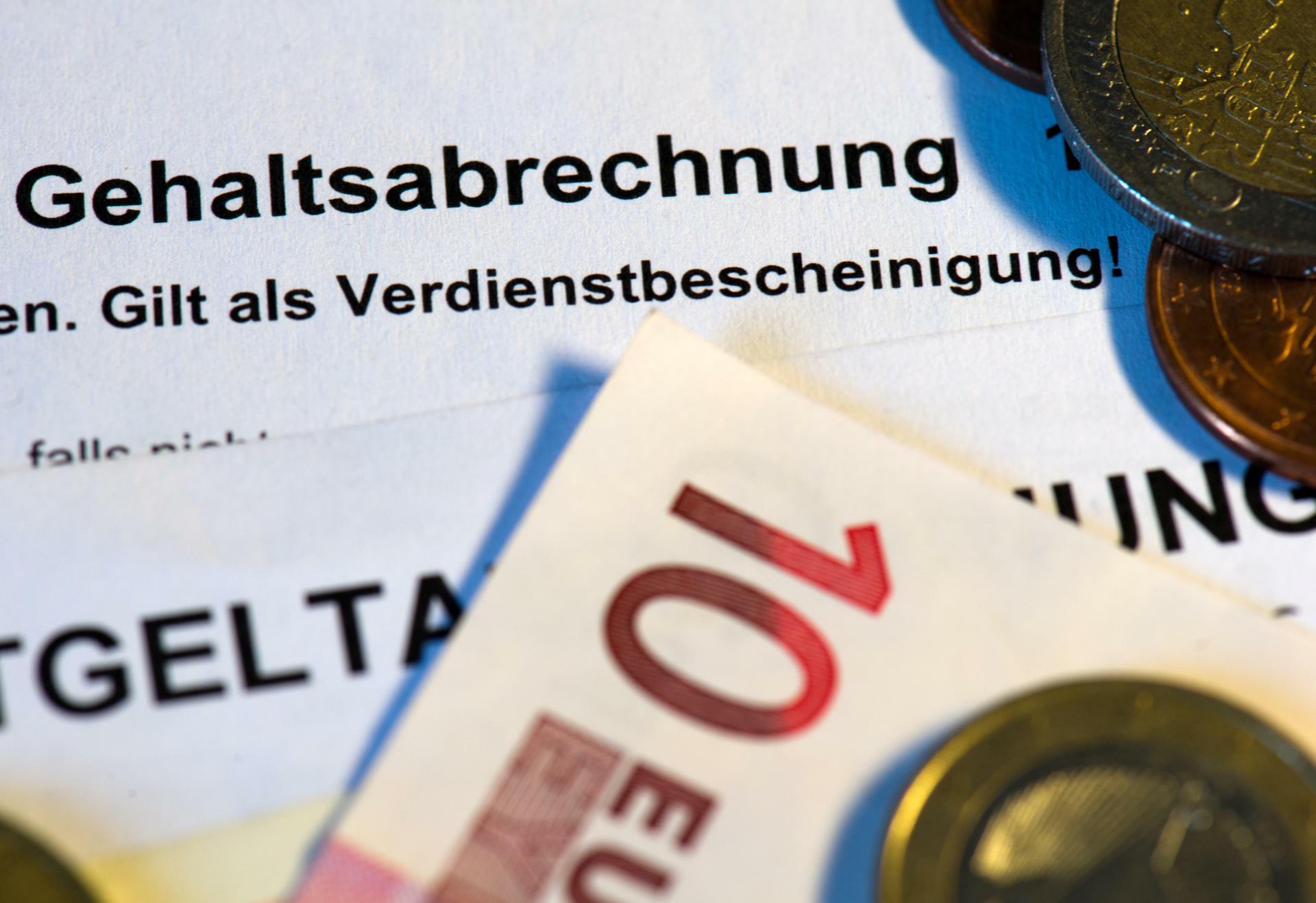Gehälter : Deutsche sind zufrieden mit ihrem Lohn