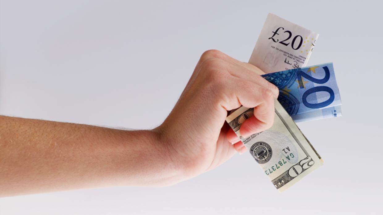 Bargeld Für Die Reisekasse Beispiele Für Bargeldtausch Bei Banken
