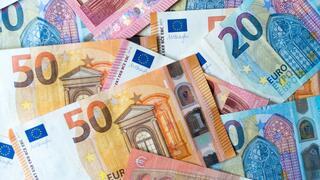 Sparverhalten: Geldvermögen auf 7 Billionen Euro angewachsen – Sparquote auf Rekordhoch