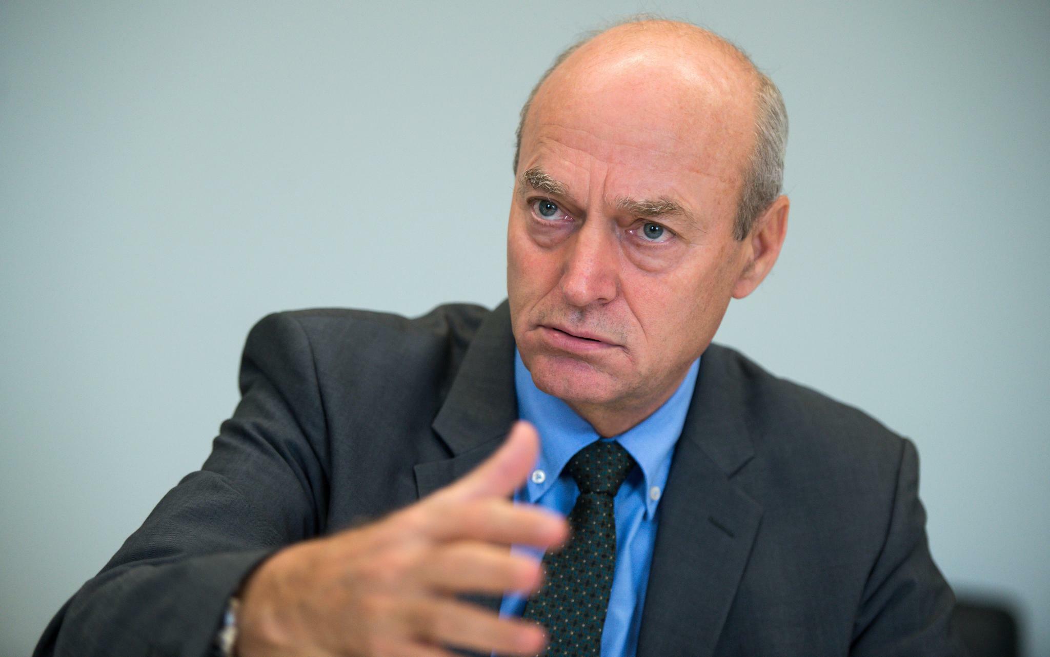 Verfassungsbeschwerde: Ex-BND-Chef Schindler warnt Bundesverfassungsgericht: Sicherheit nicht gefährden
