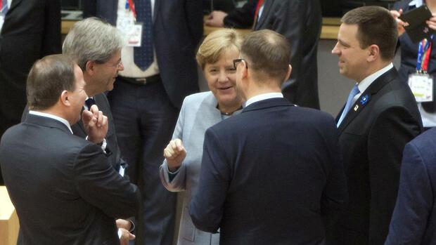 Juncker kritisiert May: Gefährlicher Briten-Poker: Platzen die Brexit