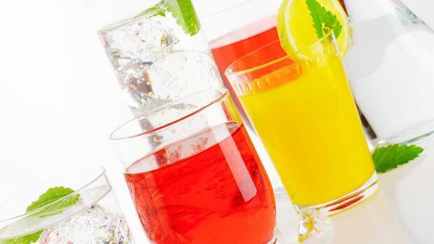 Büro: Arbeitnehmer wünschen sich Gratis-Getränke