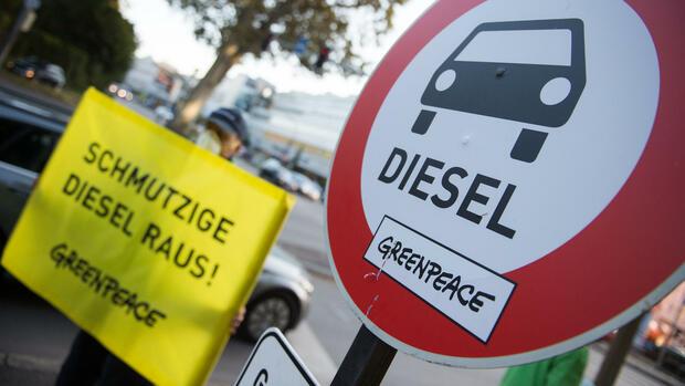 Demonstration von Greenpeace gegen Diesel Quelle: dpa