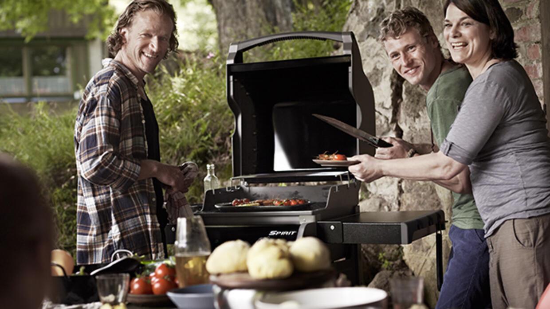 Napoleon Holzkohlegrill Ungesund : Kulinarisch aufgemotzt: vertikale infrarotbrenner mit 2000 grad