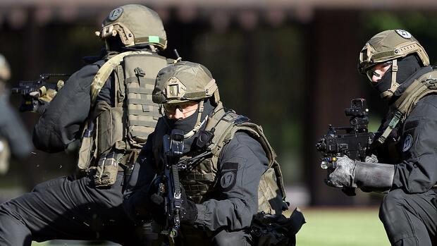 Verfassungsschutz Terrorgefahr In Deutschland Ist