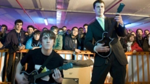 Guitar-Hero Wettbewerb in Rom: Quelle: REUTERS