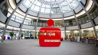 Mit Gratis-Wlan und Bratwurst-Seminaren: So wollen Banken Kunden zurück in die Filiale locken