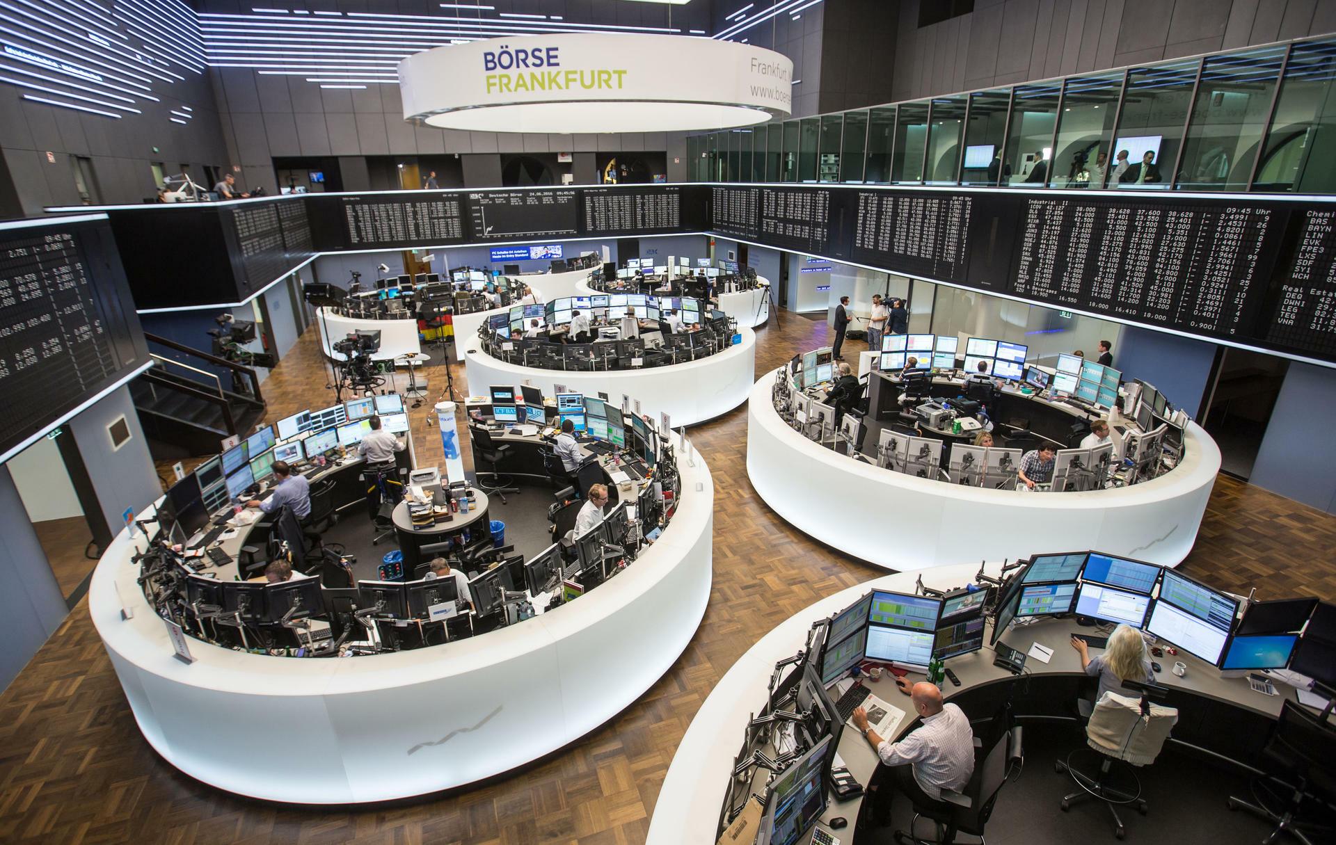 Börse Frankfurt: Gespannte Ruhe vor der Yellen-Rede