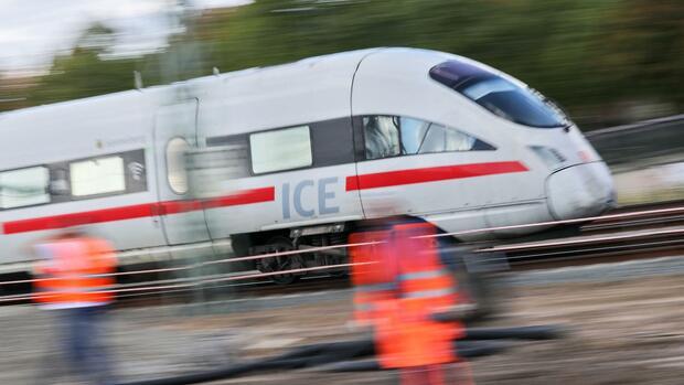Verkehr Bahn Deutschland:Bahn sperrt ab 2019 Hauptstrecken monatelang