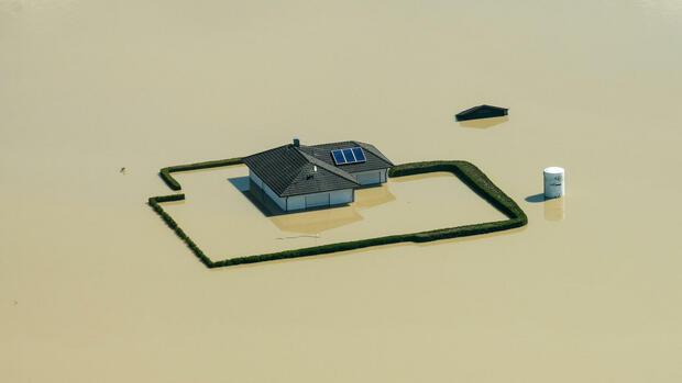 rein rechtlich hochwasser welche pflichten hat der vermieter. Black Bedroom Furniture Sets. Home Design Ideas