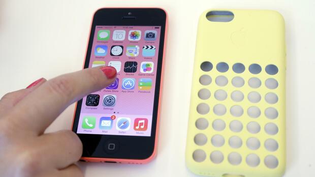 iphone 5c warum apple das billig handy so teuer macht. Black Bedroom Furniture Sets. Home Design Ideas