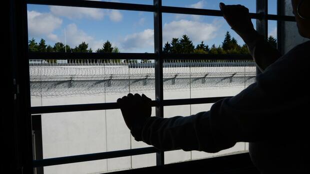 Erneut Deutscher in Türkei wegen Terrorvorwürfen verhaftet - Politik