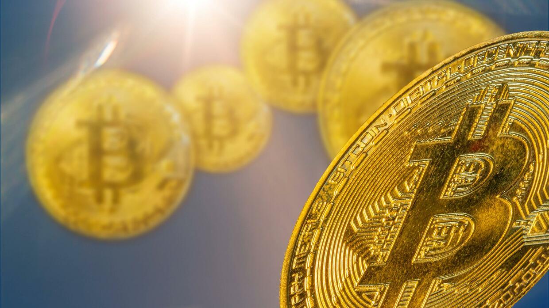 Bitcoin unter 30.000 Dollar: Darum schwankt die Kryptowährung so stark