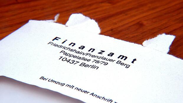 Steuern & Recht - cover