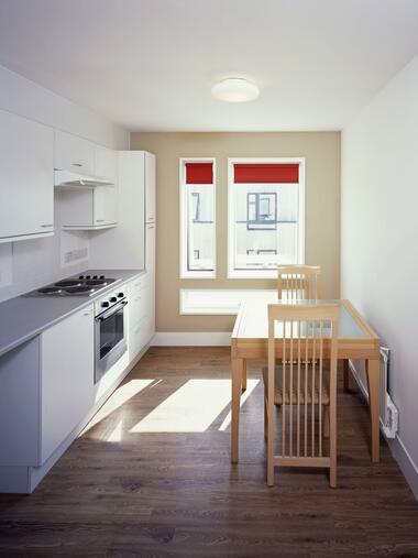 Studenten Wohnung Sechs Spartipps Für Die Erste Eigene Wohnung