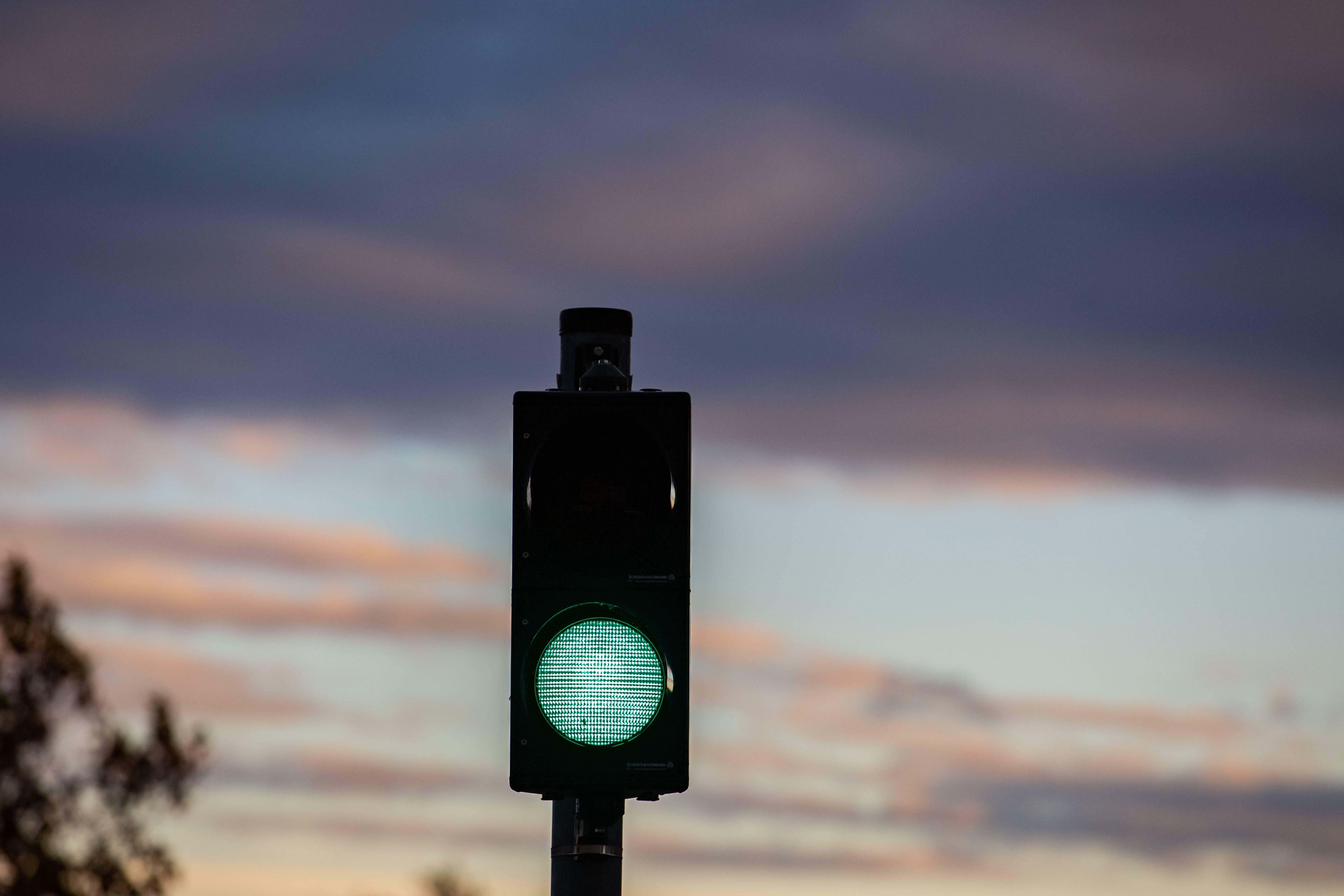 """Green Bond Fonds: Mit """"Grüner Welle"""" auf der Börsen-Überholspur"""