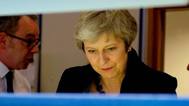 Innerparteilicher Putsch gegen Theresa May