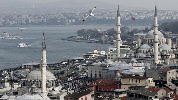 Euro erholt sich leicht - türkische Lira auf Rekordtief