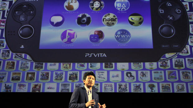 Sony Computer Entertainment Japan President Hiroshi Kawano introduces the PlayStation Vita Quelle: dapd