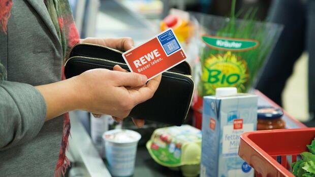 Rewe Karte.Rabatte Rewe Will Mit Payback Karte Kunden Binden