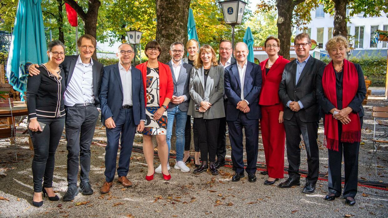 Wahl des SPD-Parteichefs: Endspurt im Rennen um den SPD-Parteivorsitz: Vier Paare haben gute Chancen