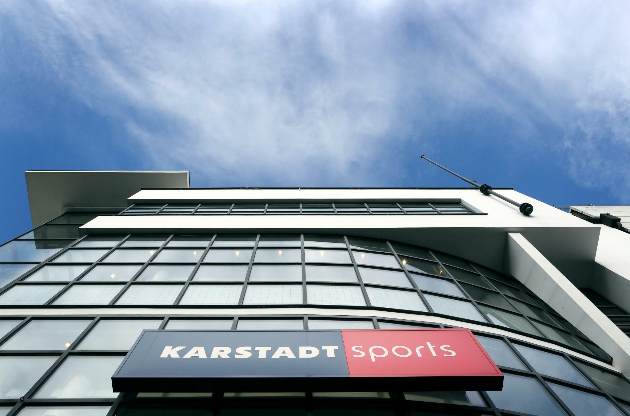 Warenhausgruppe: Galeria Karstadt Kaufhof baut Sportgeschäft aus