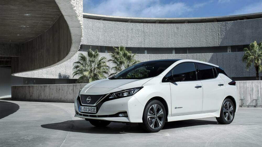 nissan leaf 2018 testfahrt im neuen elektro nissan. Black Bedroom Furniture Sets. Home Design Ideas