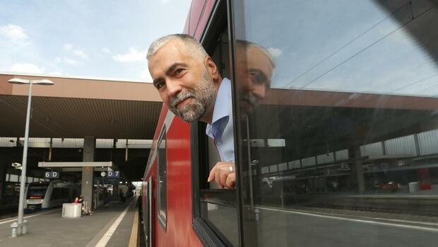 Kindheitstraum Lokführer: Bahnunternehmen begegnen Personalmangel