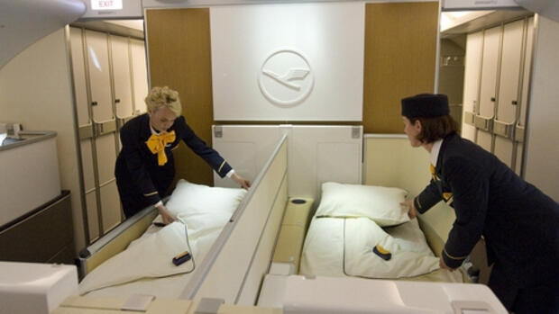 lufthansa lufthansas neue first class verspricht ruhe an bord. Black Bedroom Furniture Sets. Home Design Ideas