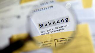 Verbraucherschutz: Bundestag beschließt neue Regeln für Inkassogebühren