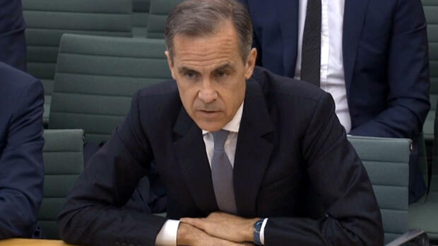 Governor of the Bank of England Mark Carney gives evidence to the Treasury Select Committee at the House of Commons in London, Tuesday Feb. 23, 2016. The Bank of England will not be predicting the likely economic consequences of a British vote to leave the European Union, known as Brexit, Carney said Tuesday, but he acknowledged that uncertainty about the outcome was fueling instability for the pound. (PA via AP) UNITED KINGDOM OUT - NO SALES - NO ARCHIVES Quelle: AP